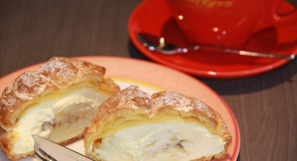 サンモリッツ バナナシュークリーム スイーツ カフェ